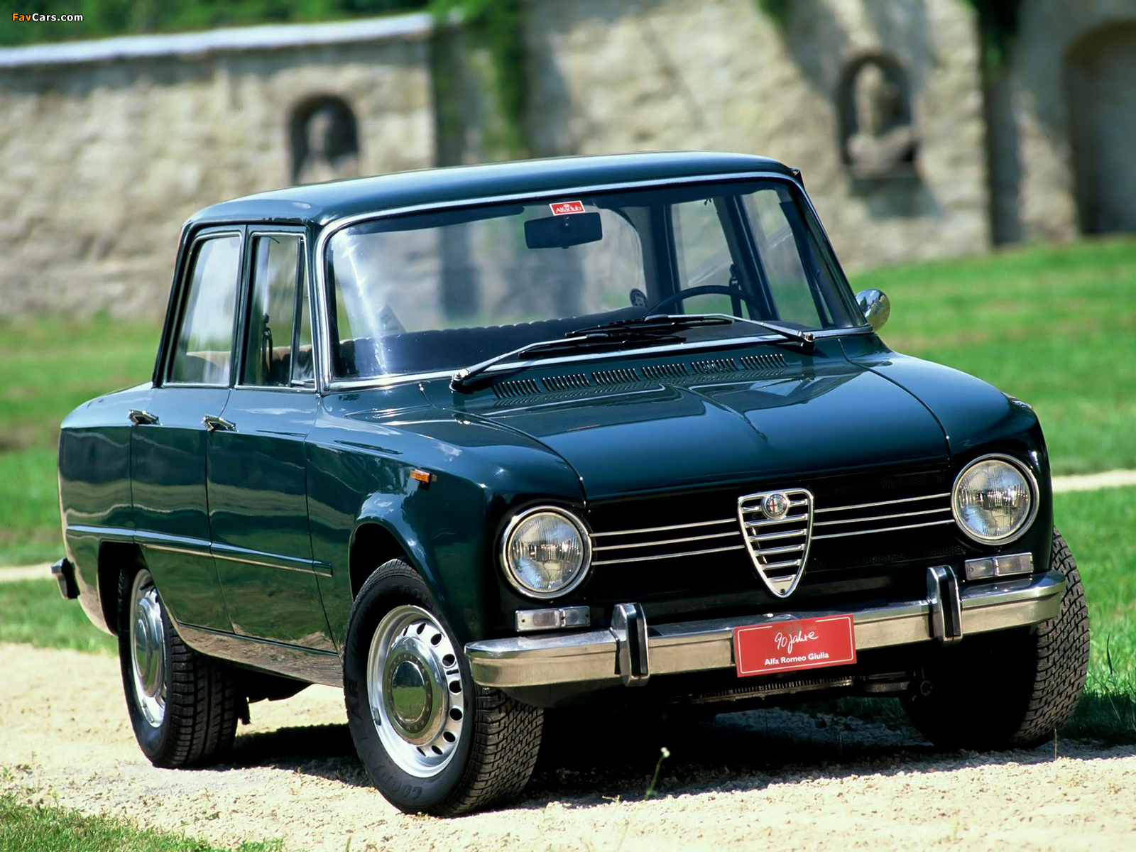 alfa romeo giulia 1300 super 115 1970 1974 wallpapers 1600x1200. Black Bedroom Furniture Sets. Home Design Ideas