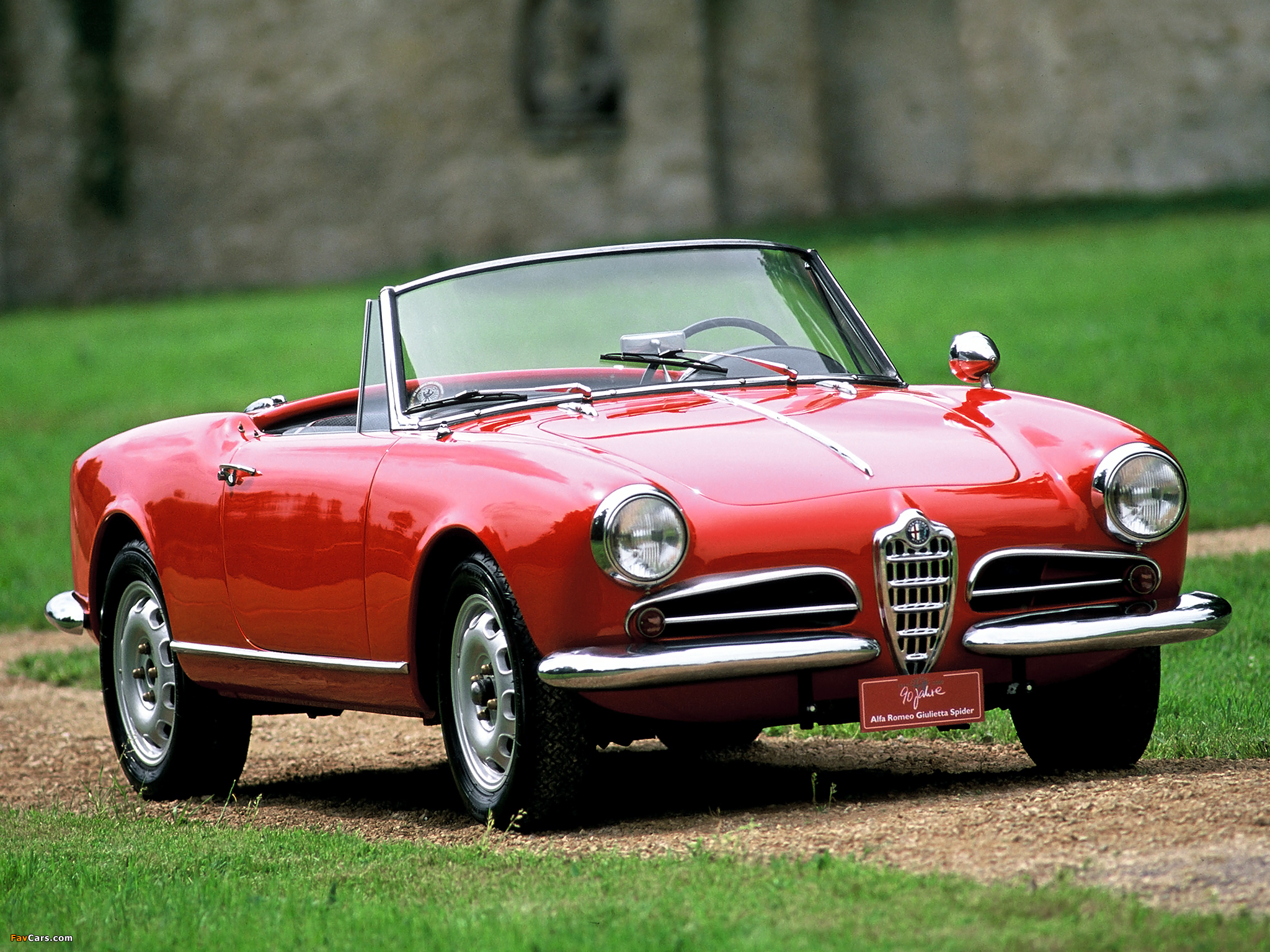 alfa romeo giulietta spider 750 101 1956 1962 images 2048x1536. Black Bedroom Furniture Sets. Home Design Ideas