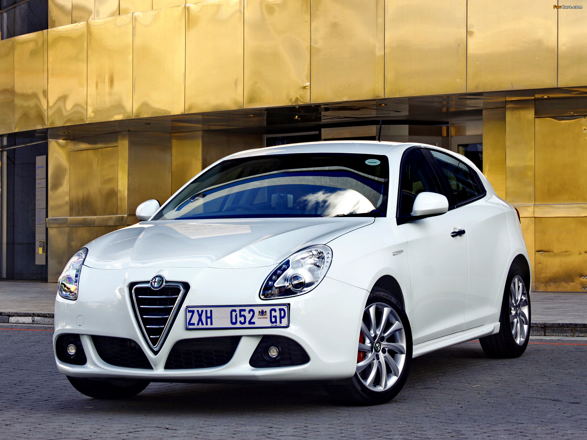 Alfa Romeo Giulietta ZA-spec 940 (2011) photos (2048 x 1536)
