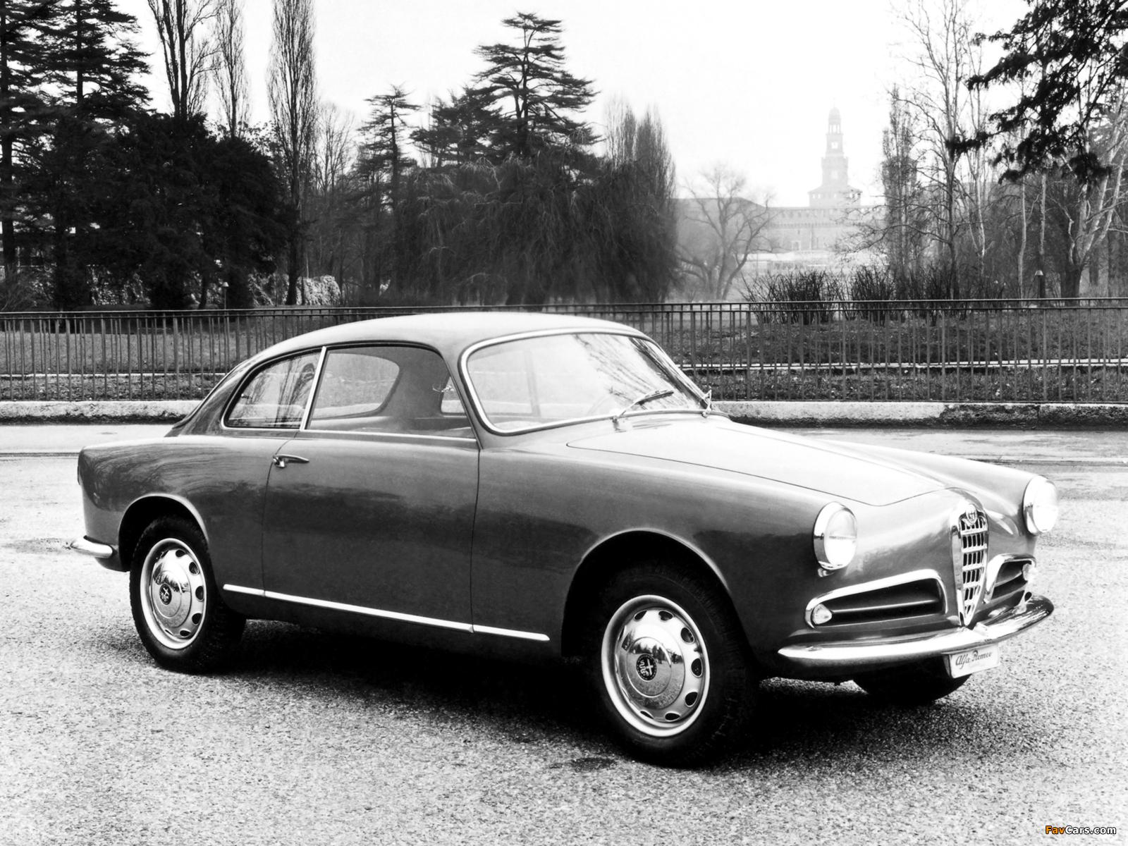 Images of Alfa Romeo Giulietta Sprint 750 (1954–1958) (1600 x 1200)