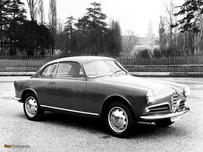 Images of Alfa Romeo Giulietta Sprint 750 (1954–1958) (800 x 600)