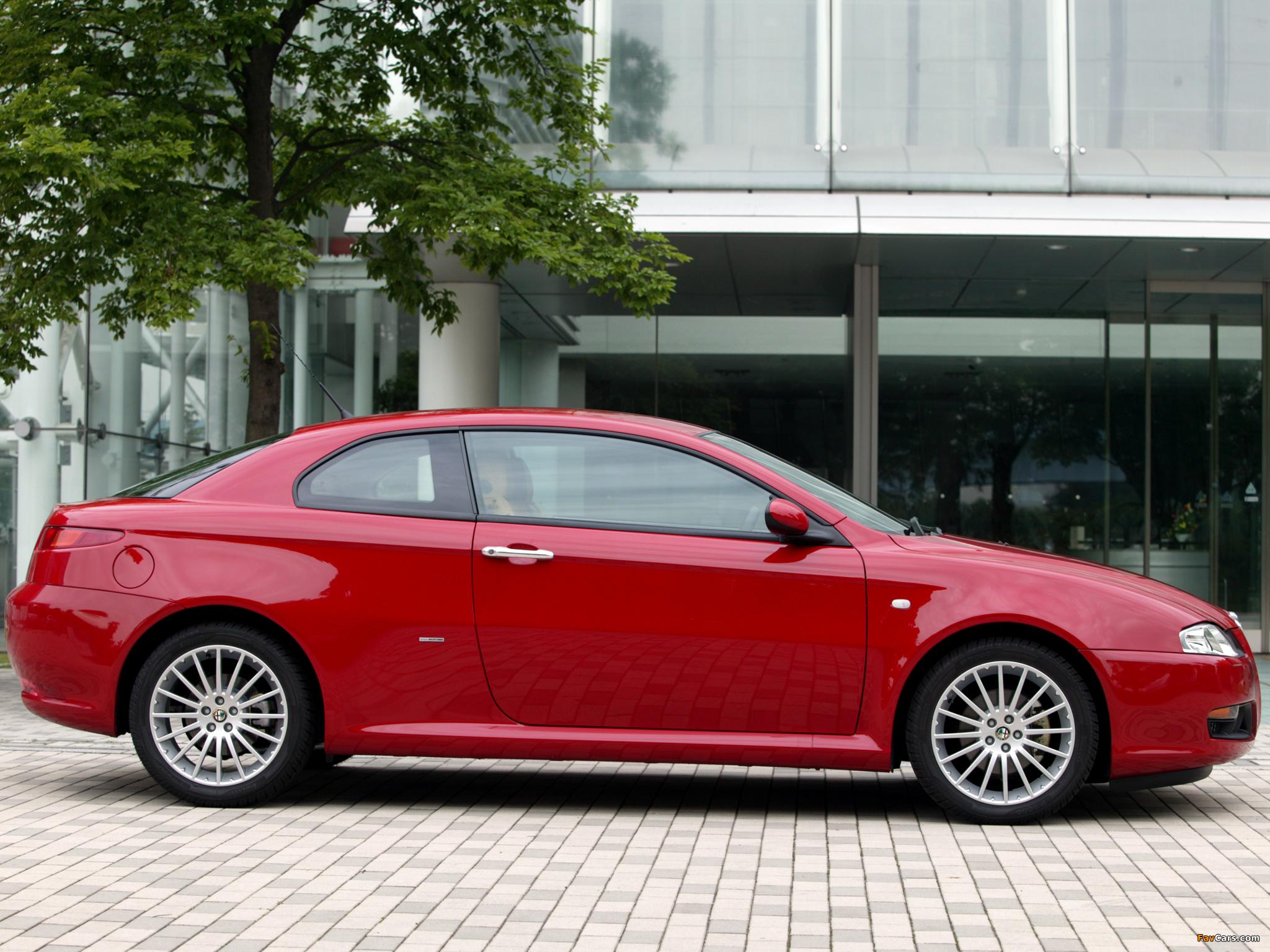 Alfa Romeo GT JP-spec 937 (2004–2010) pictures (2048 x 1536)