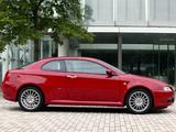 Alfa Romeo GT JP-spec 937 (2004–2010) pictures