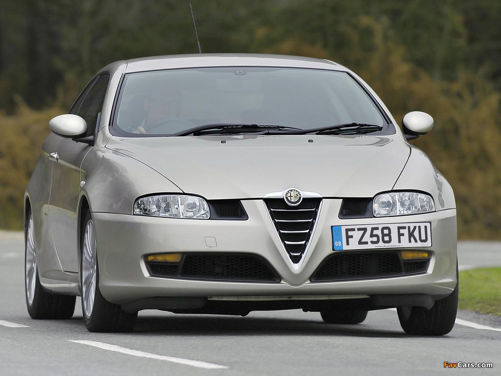 Photos of Alfa Romeo GT UK-spec 937 (2004–2010) (1024 x 768)