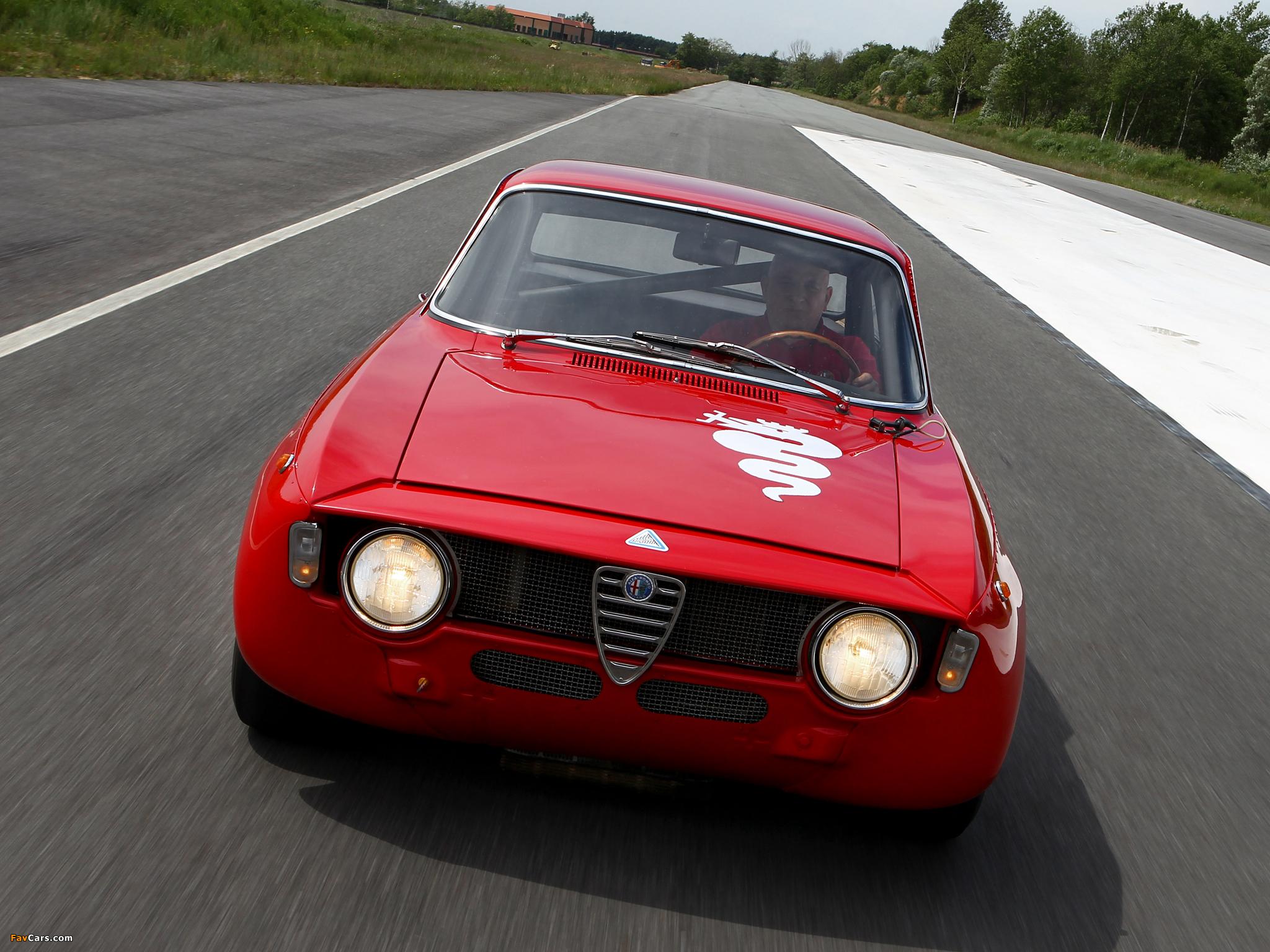 Alfa Romeo GTA 1300 Junior Corsa 105 (1968–1972) pictures (2048 x 1536)