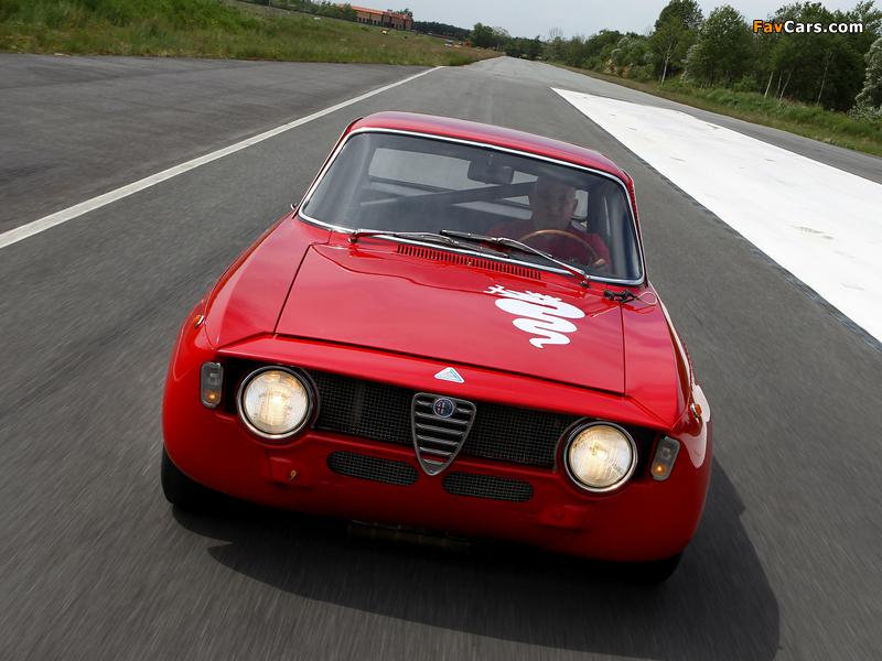 Alfa Romeo GTA 1300 Junior Corsa 105 (1968–1972) pictures (800 x 600)