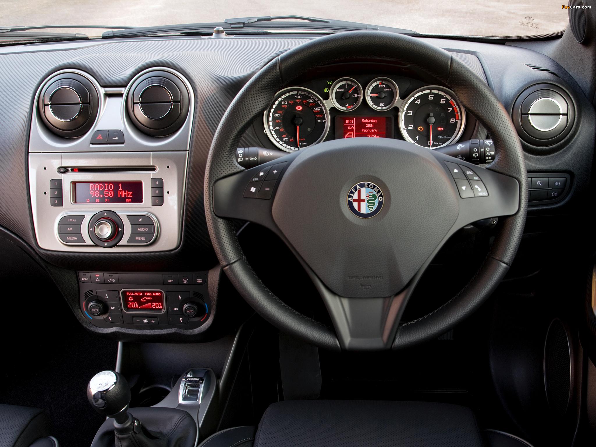 Alfa Romeo MiTo Cloverleaf 955 (2010–2011) pictures (2048 x 1536)