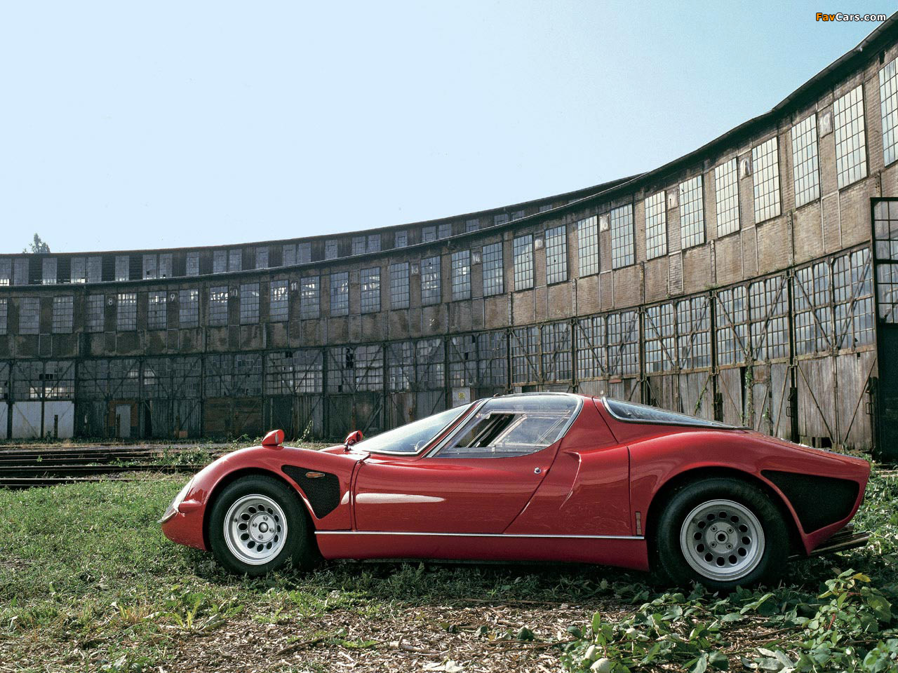 Pictures of Alfa Romeo Tipo 33 Stradale (1967–1969) (1280 x 960)