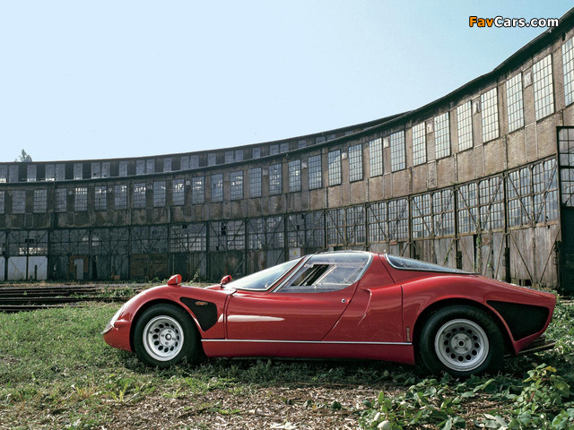 Pictures of Alfa Romeo Tipo 33 Stradale (1967–1969) (640 x 480)