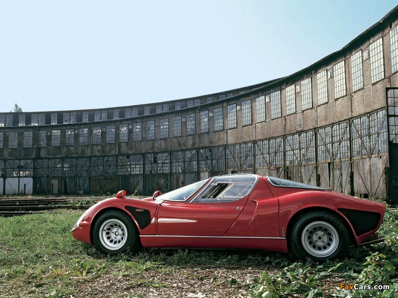 Pictures of Alfa Romeo Tipo 33 Stradale (1967–1969) (800 x 600)