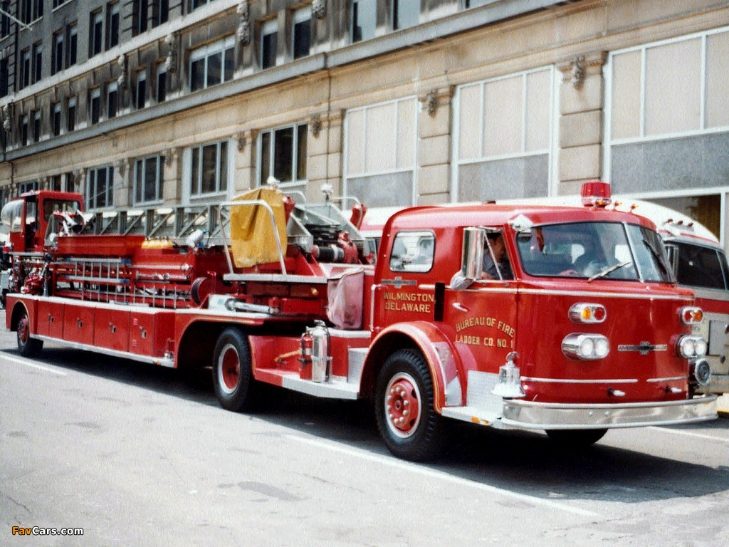 Photos of American LaFrance 900 Series Turbo Chief with Seattle (1961) (1024 x 768)