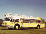 Photos of American LaFrance Century 4x2 Lift (1976–1985)