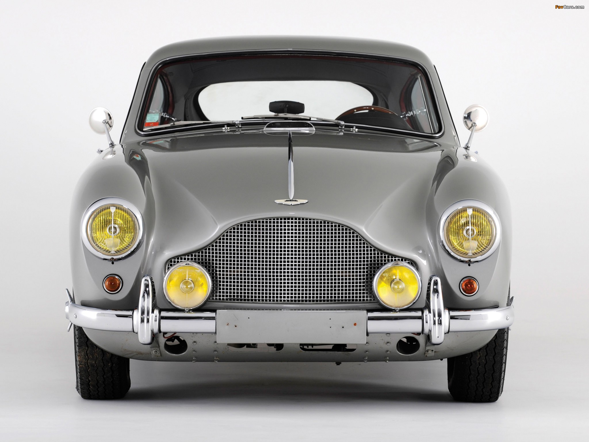 Images of Aston Martin DB2/4 Saloon by Tickford MkII (1955–1958) (2048 x 1536)