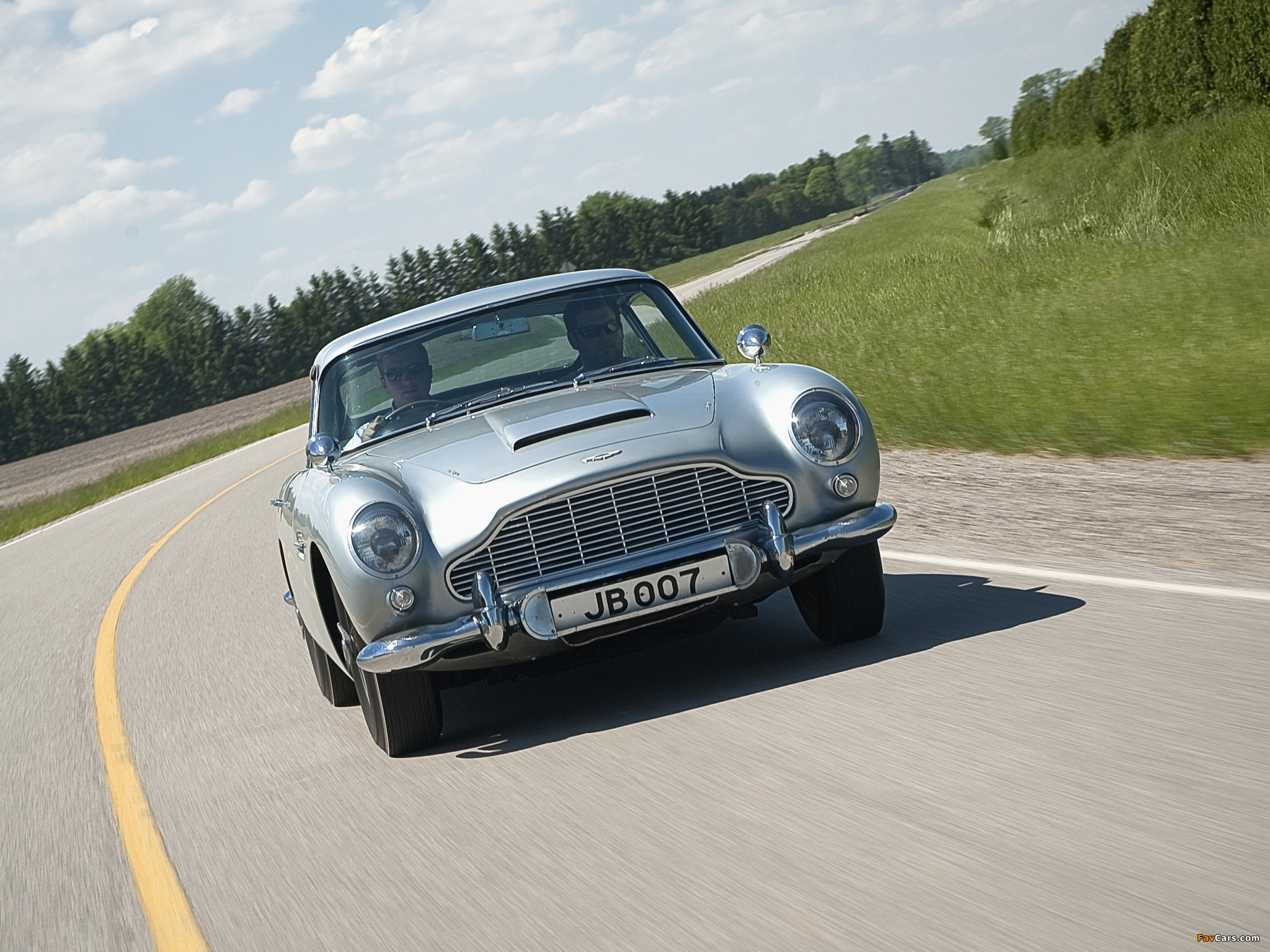 1964 Aston Martin Db5 >> Aston Martin DB5 James Bond Edition (1964) wallpapers (2048x1536)