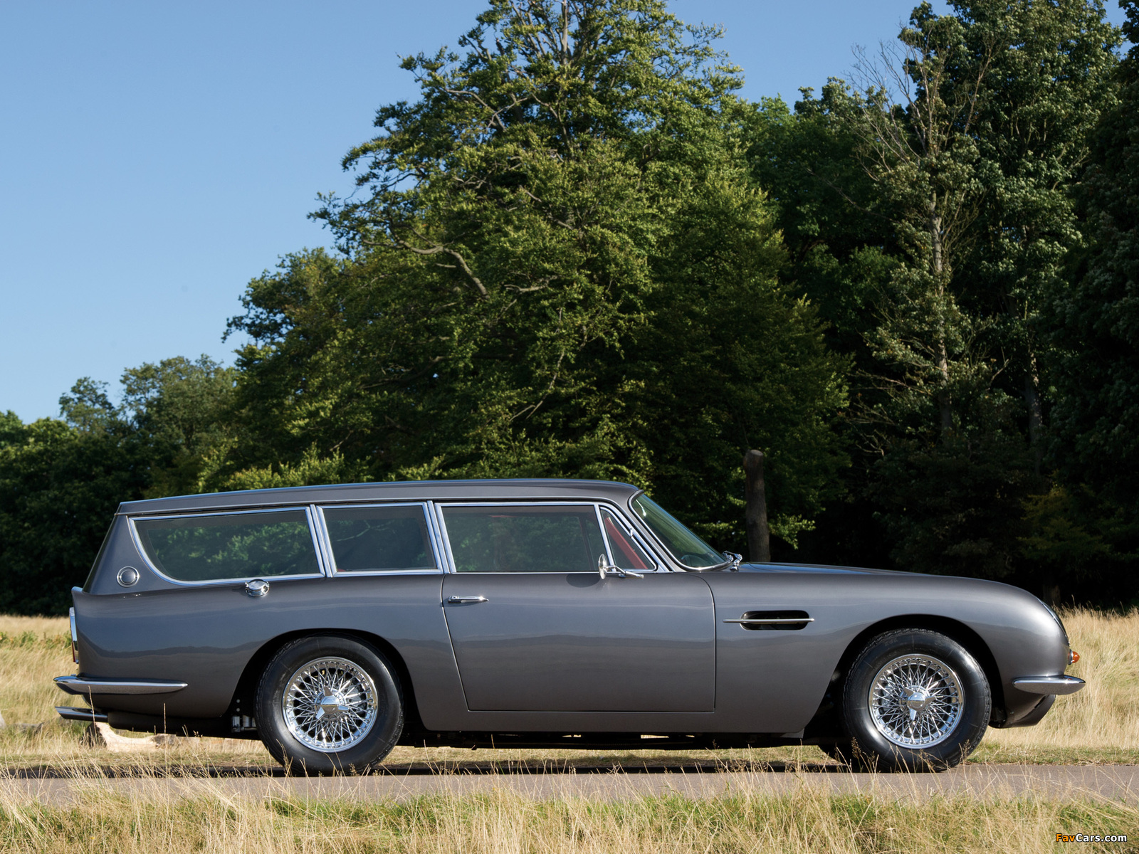 Pictures of Aston Martin DB6 Shooting Brake by FLM Panelcraft (1967) (1600 x 1200)