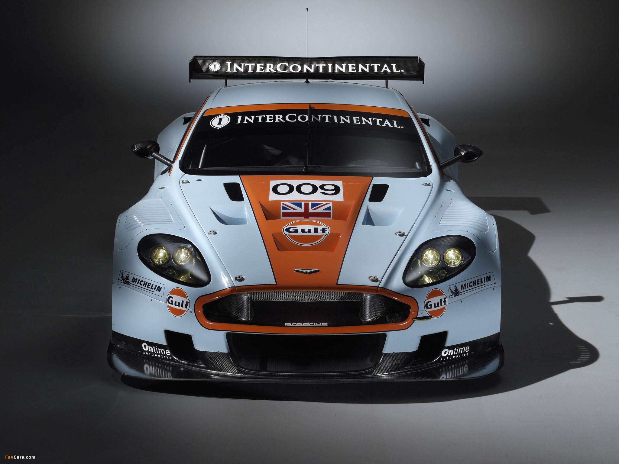 Pictures Of Aston Martin Dbr9 Gulf Oil Livery 2008