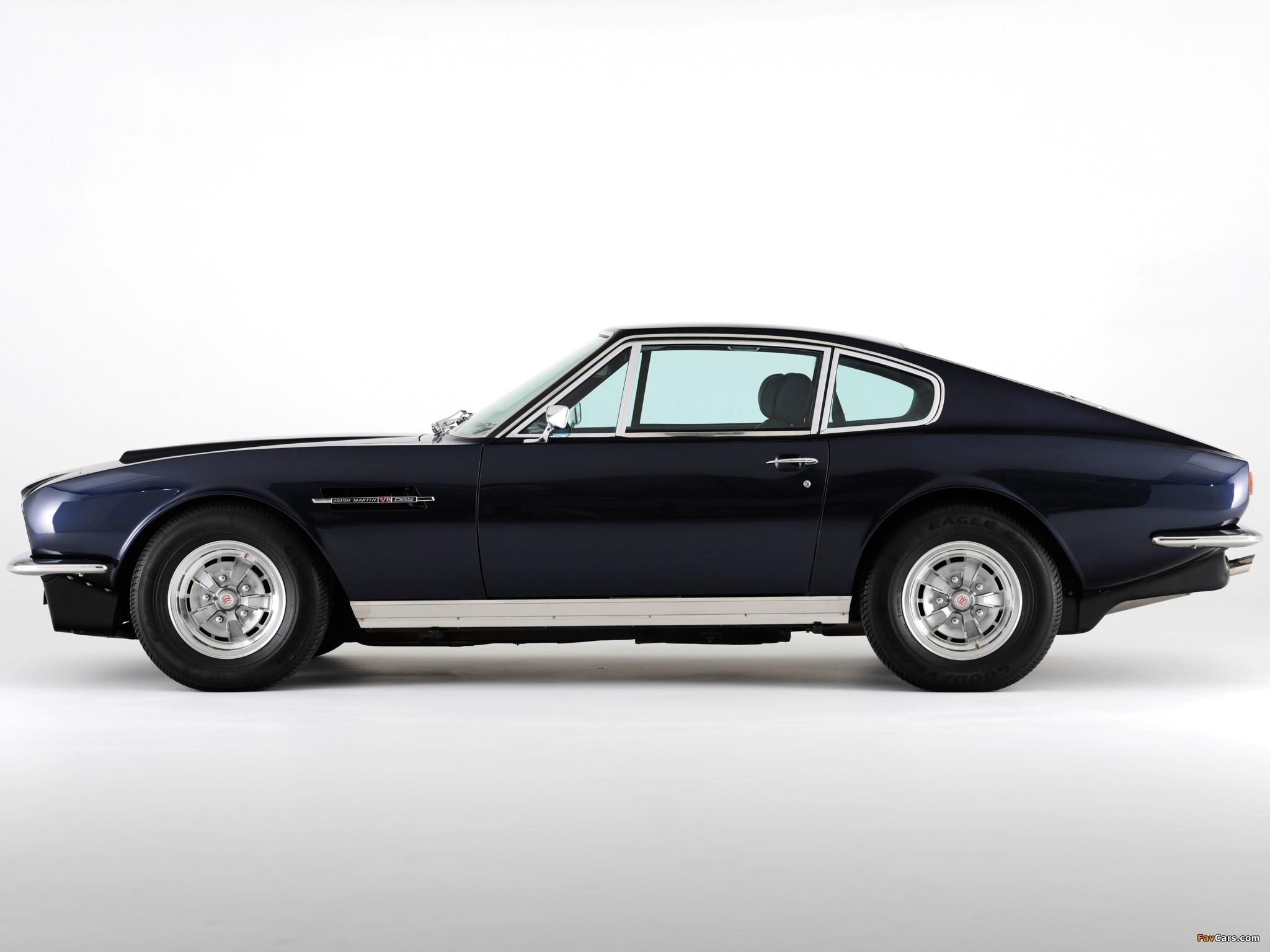 Aston martin dbs bond car
