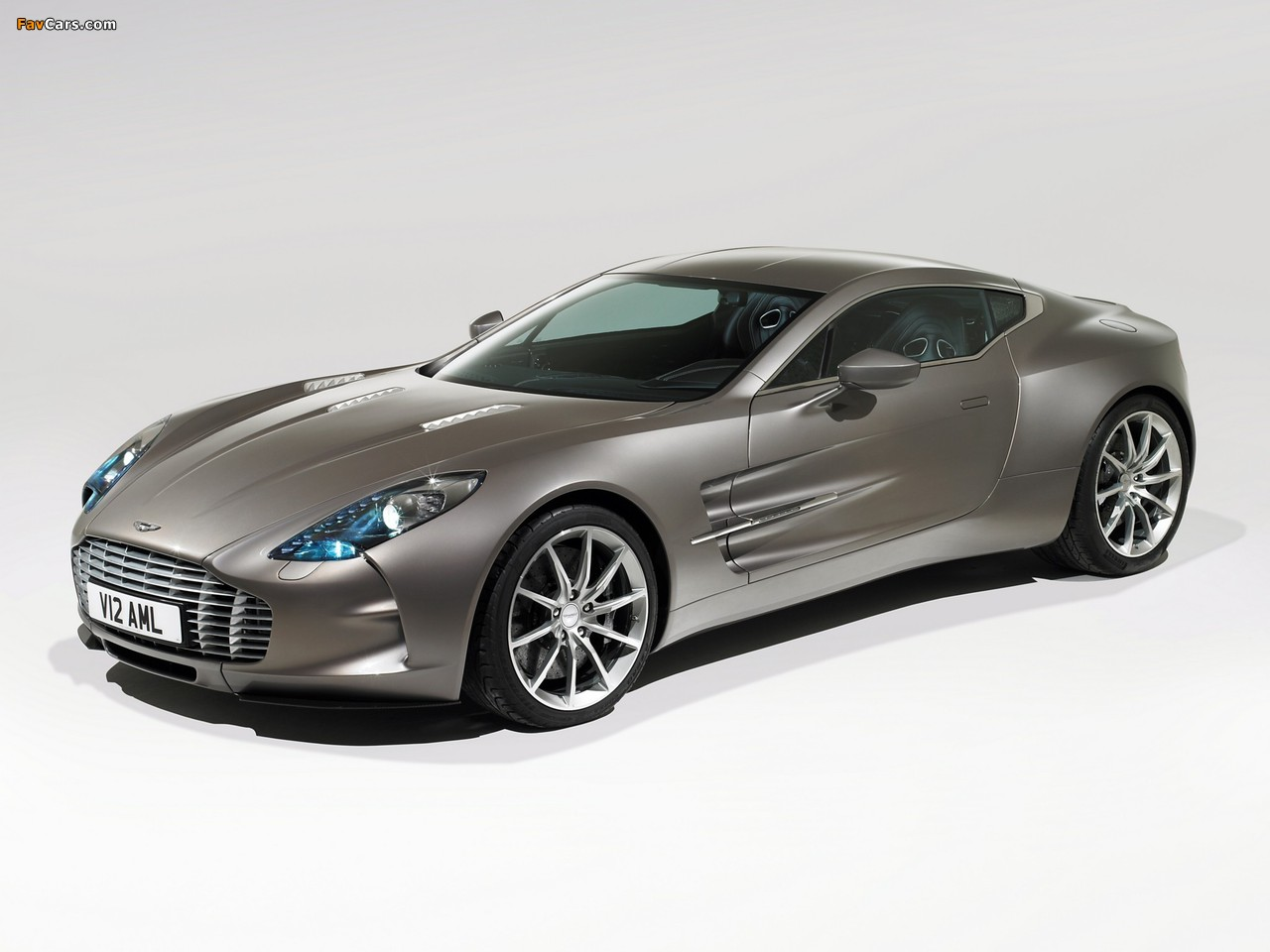 Pictures of Aston Martin One-77 (2009–2012) (1280 x 960)