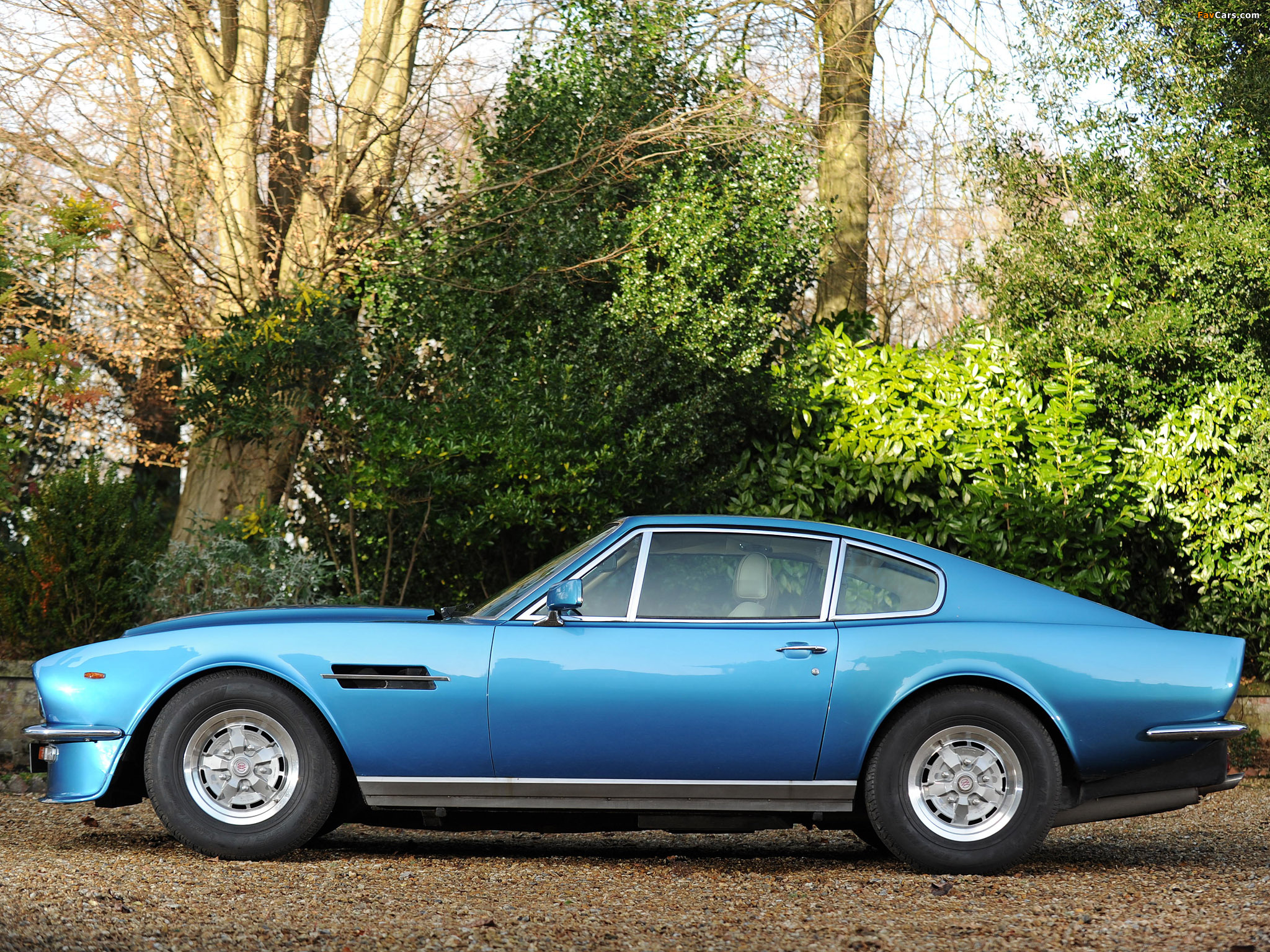 Aston Martin V8 Vantage Uk Spec 1977 1989 Wallpapers 2048x1536
