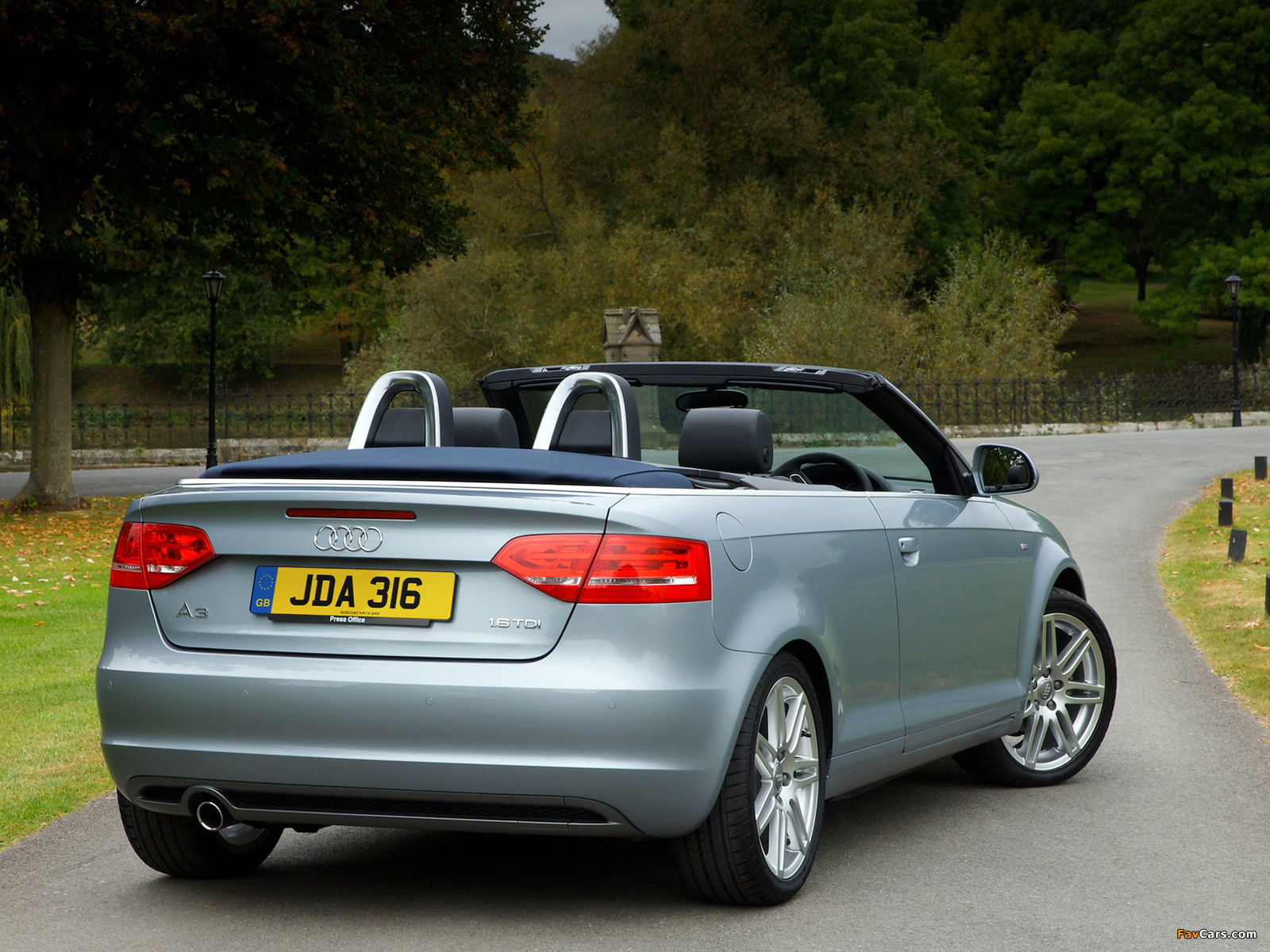 audi a3 1 6 tdi s line cabriolet uk spec 8pa 2008 2010. Black Bedroom Furniture Sets. Home Design Ideas