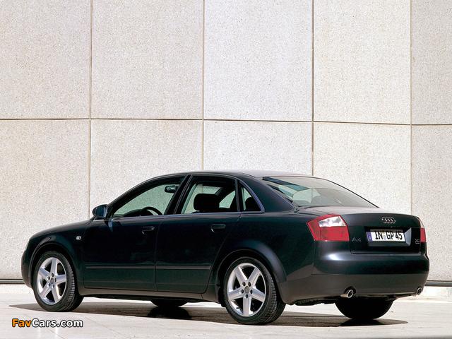 Audi A4 3.0 quattro Sedan B6,8E (2000–2004) photos (640 x 480)