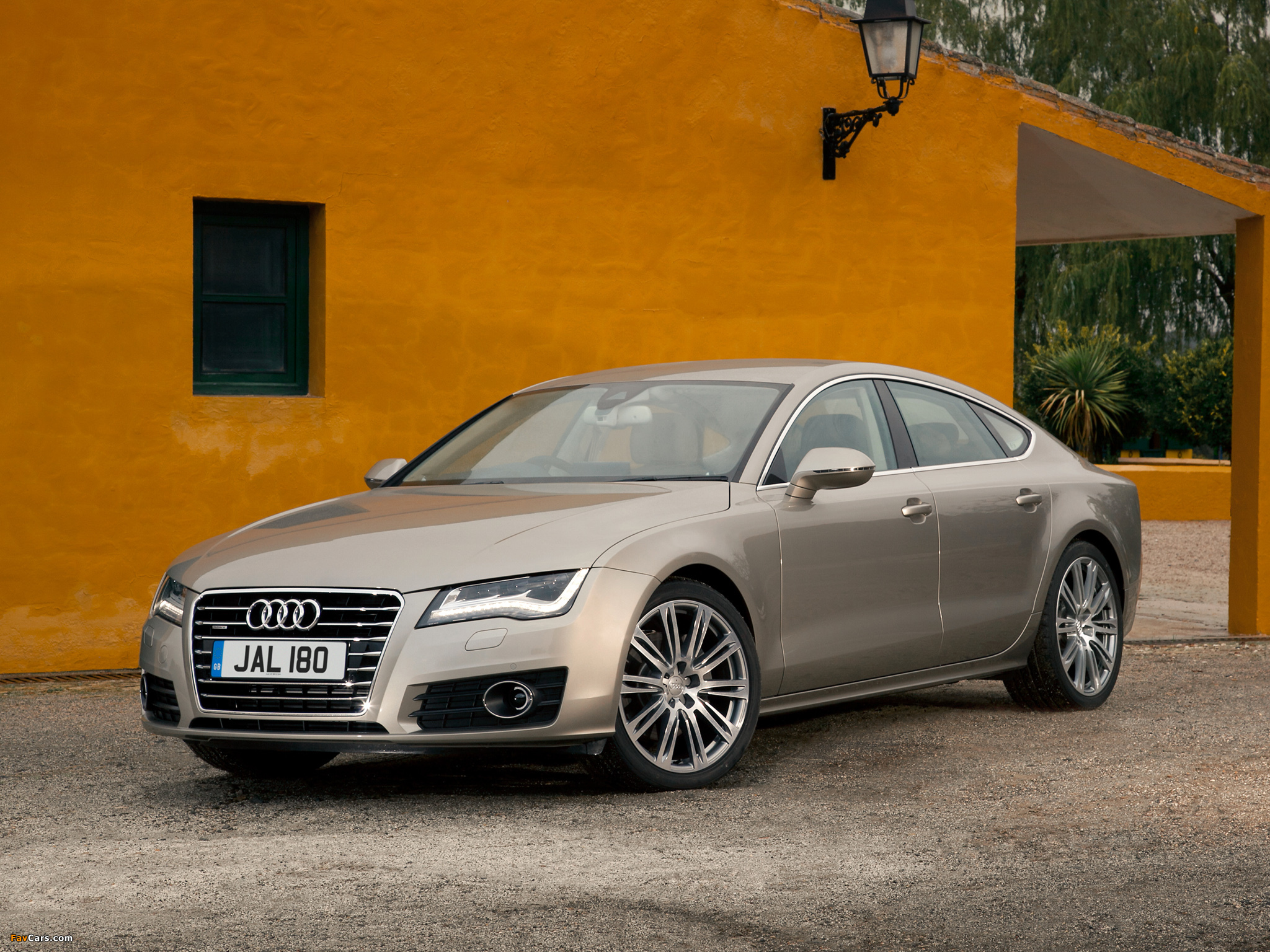 pictures of audi a7 sportback 3 0 tdi quattro uk spec 2010. Black Bedroom Furniture Sets. Home Design Ideas