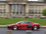 Images of Audi R8 e-Tron Prototype 2012–13