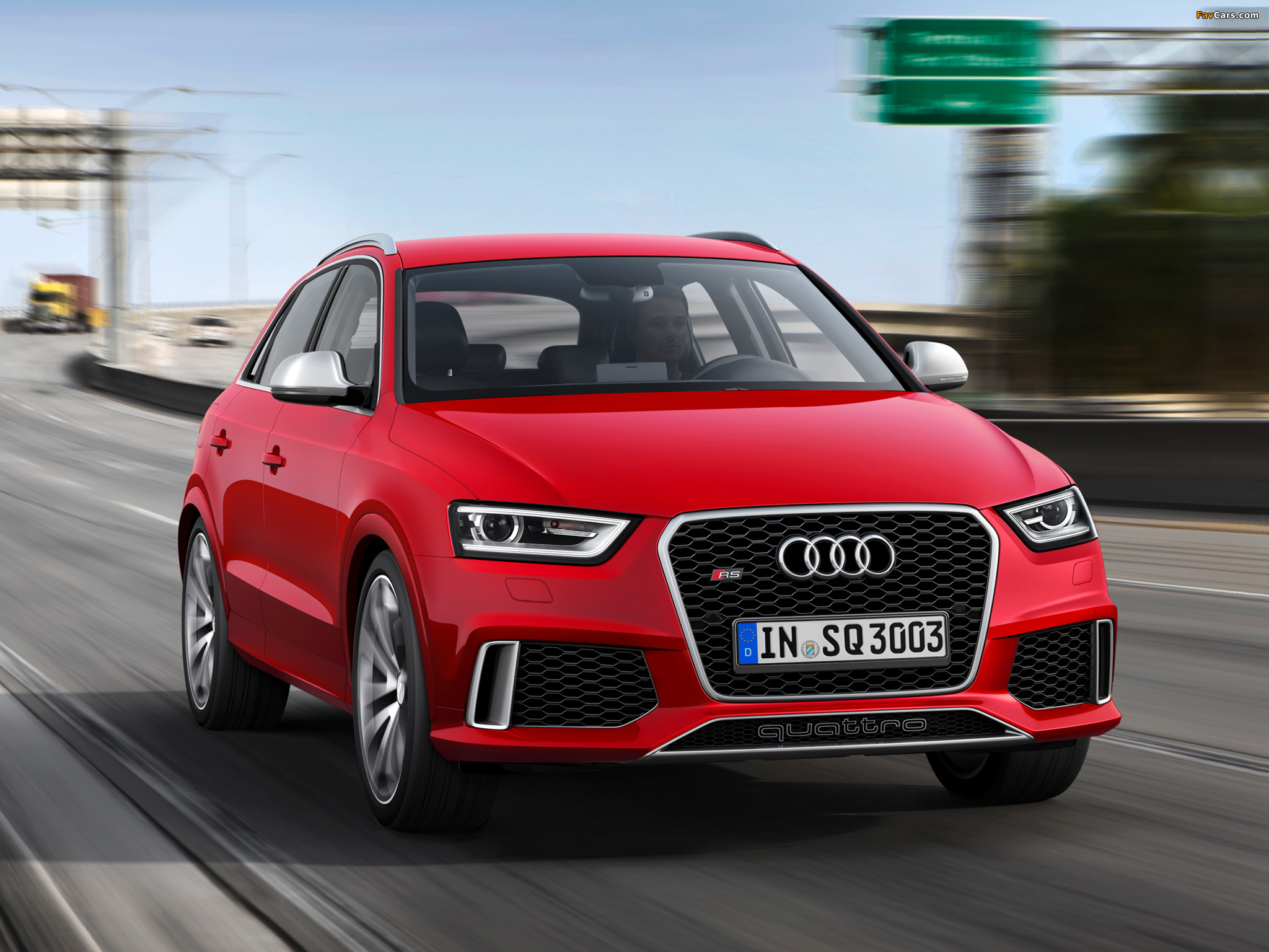 Audi RS Q3 2013 images (2048 x 1536)