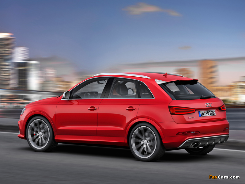 Audi RS Q3 2013 wallpapers (800 x 600)