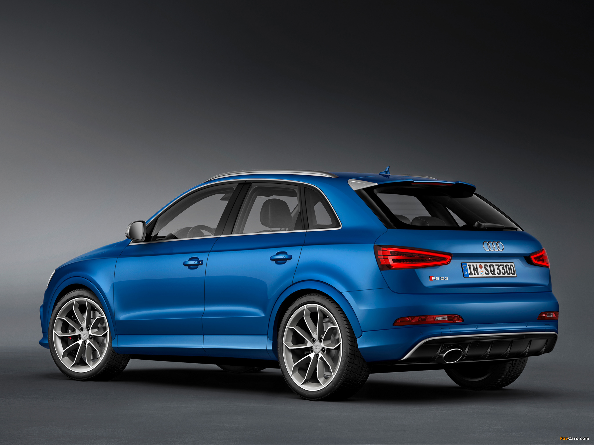 Images of Audi RS Q3 2013 (2048 x 1536)