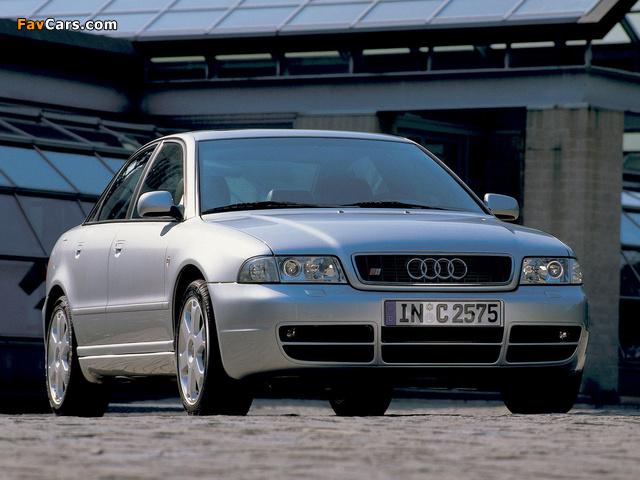 Images of Audi S4 Sedan (B5,8D) 1997–2002 (640 x 480)