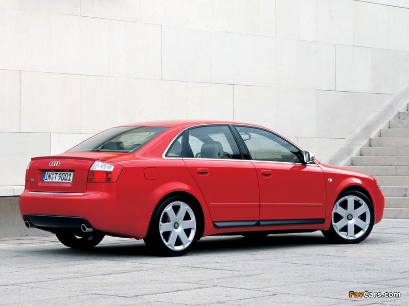 Images of Audi S4 Sedan (B6,8E) 2003–05 (800 x 600)