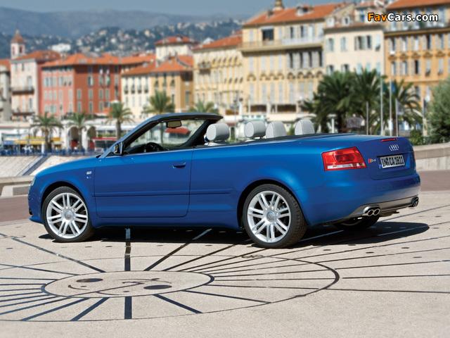 Images of Audi S4 Cabriolet (B7,8H) 2007–08 (640 x 480)