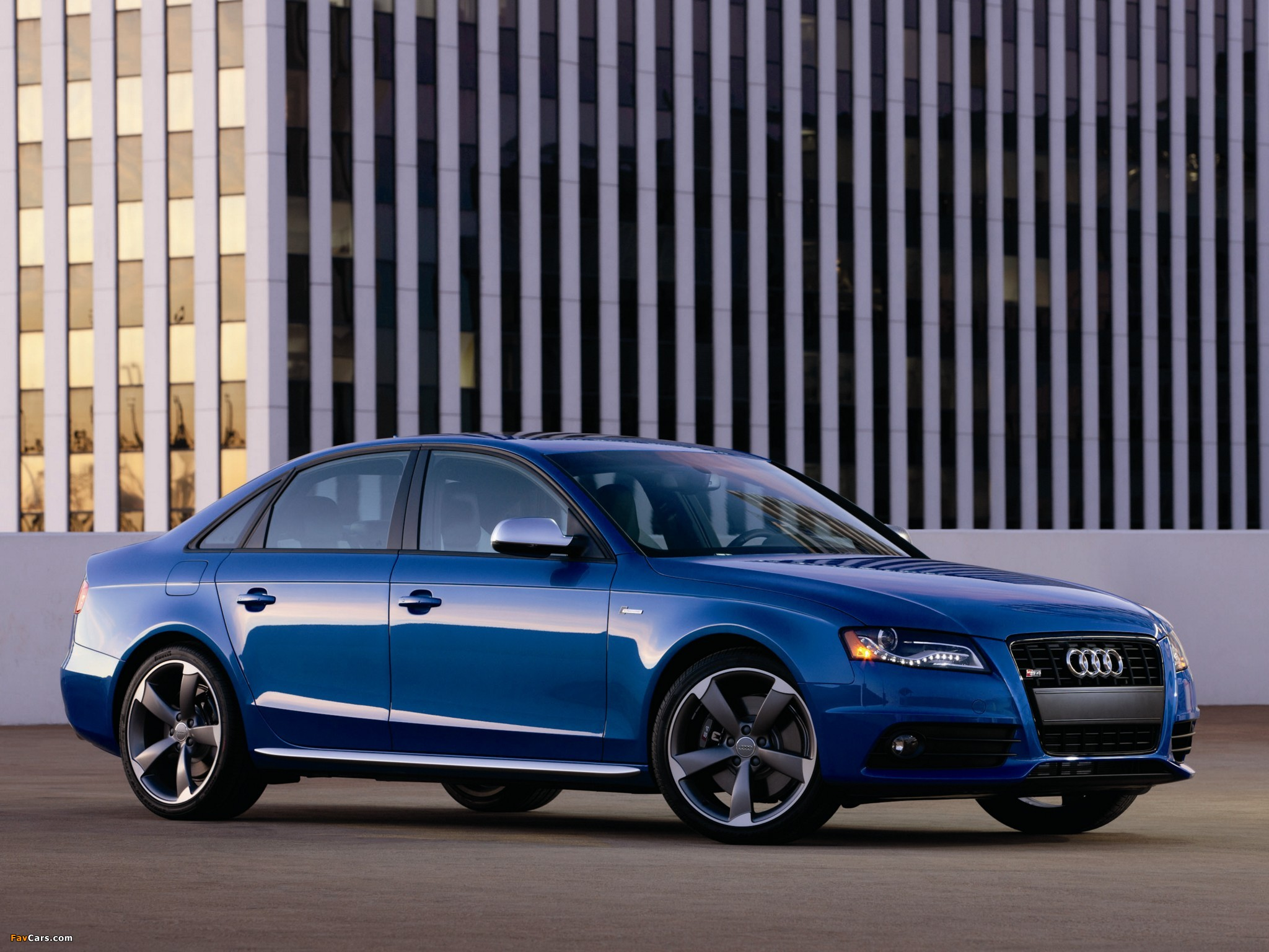 Images of Audi S4 Sedan US-spec (B8,8K) 2009 (2048x1536)