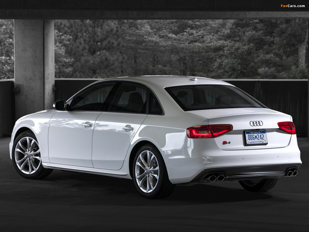 Images of Audi S4 Sedan US-spec (B8,8K) 2012 (1280 x 960)