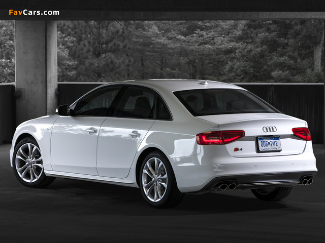 Images of Audi S4 Sedan US-spec (B8,8K) 2012 (640 x 480)