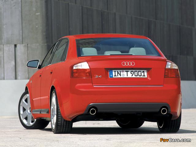 Photos of Audi S4 Sedan (B6,8E) 2003–05 (640 x 480)