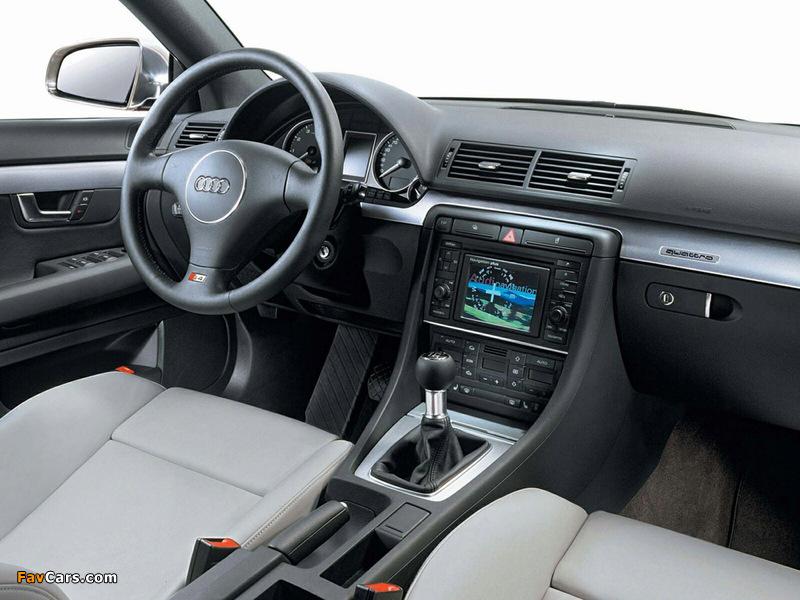 Pictures of Audi S4 Sedan (B6,8E) 2003–05 (800 x 600)