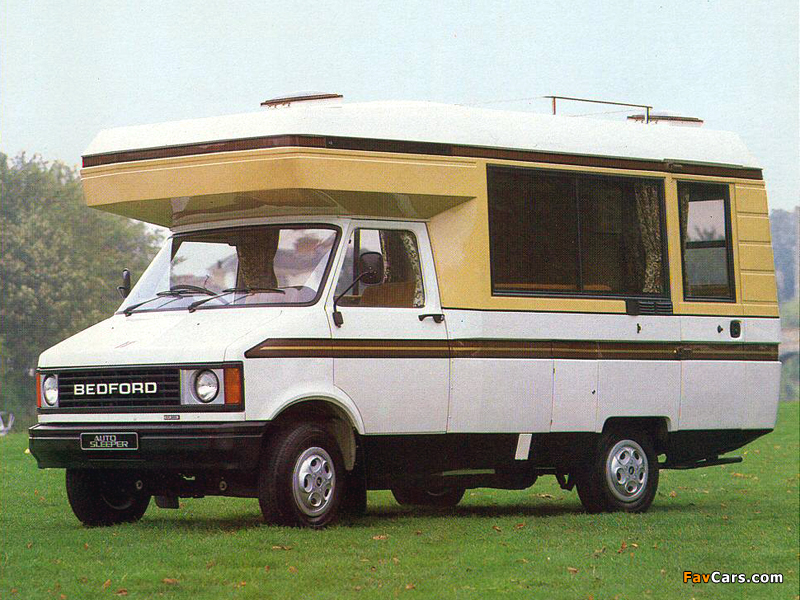 Bedford CF2/250 Auto-Sleeper Clubman 1980–86 images (800 x 600)