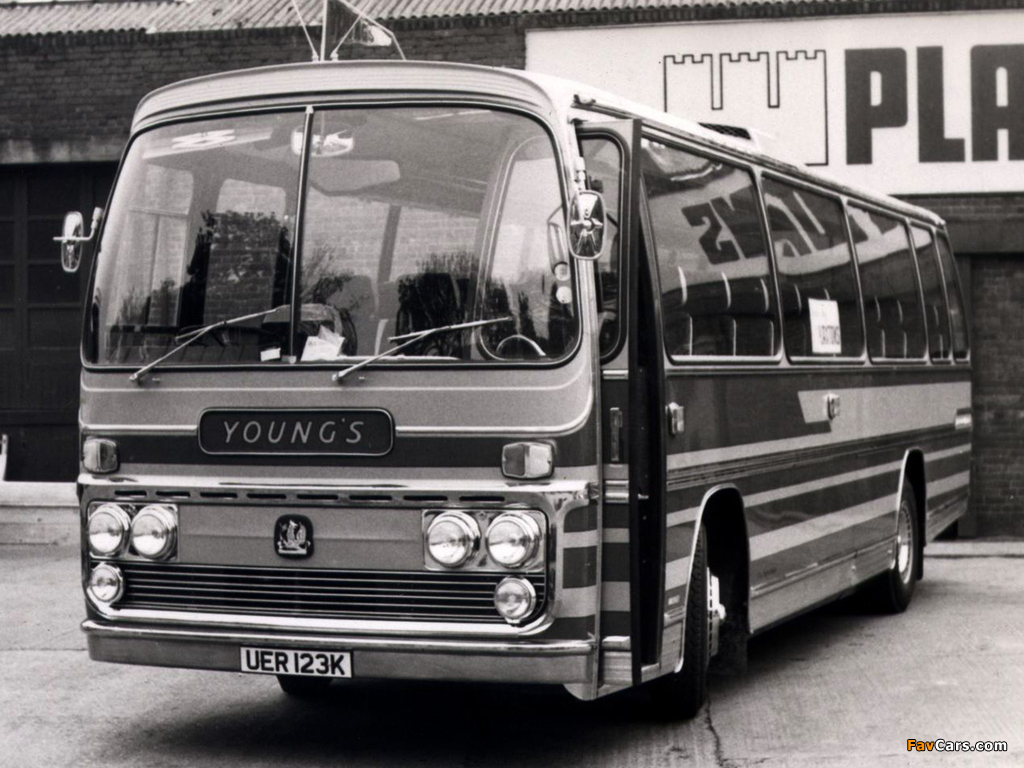 Plaxton Bedford YRQ 1980– pictures (1024 x 768)