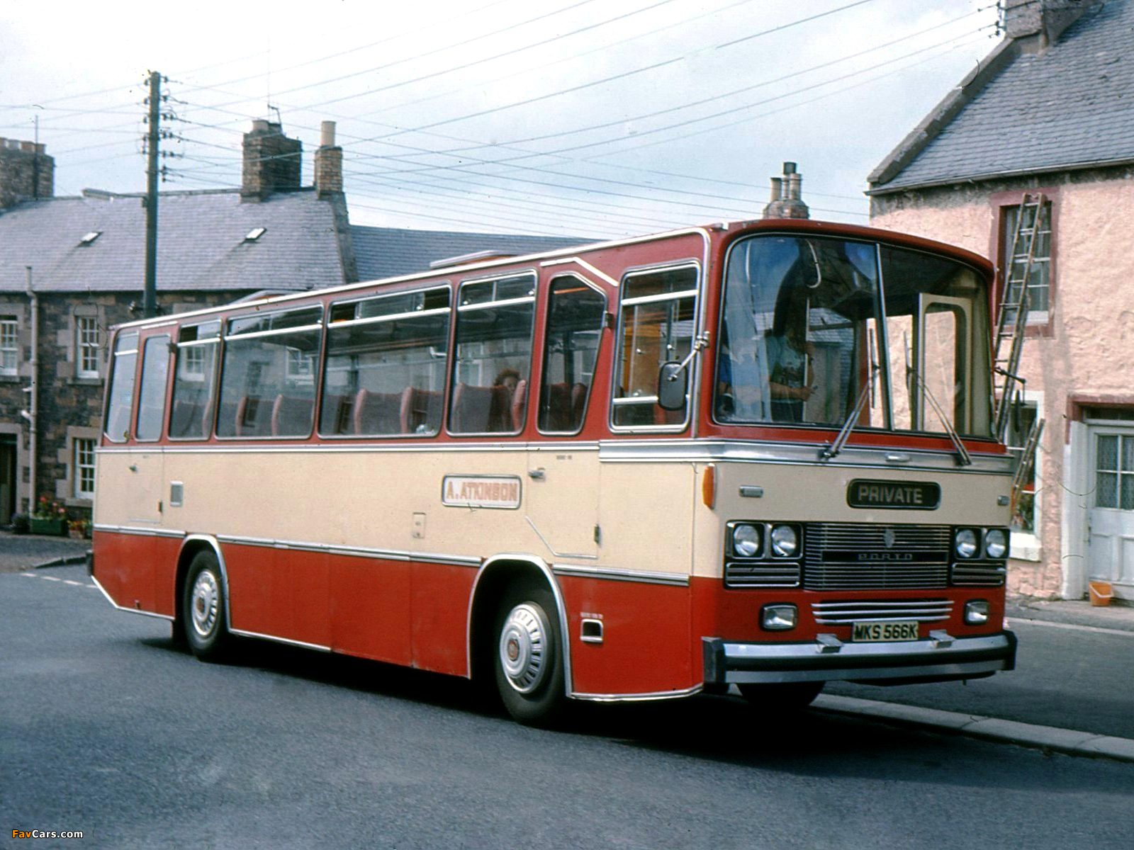 Images of Bedford YRQ RTD 1971 (1600 x 1200)