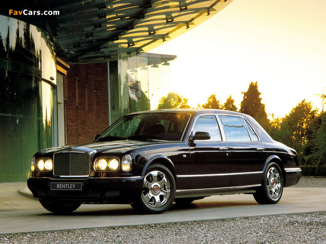 Images of Bentley Arnage Red Label LWB Personal Commission 2001–02 (640 x 480)
