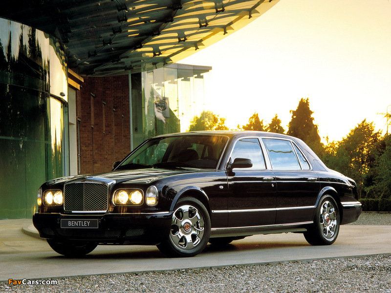 Images of Bentley Arnage Red Label LWB Personal Commission 2001–02 (800 x 600)