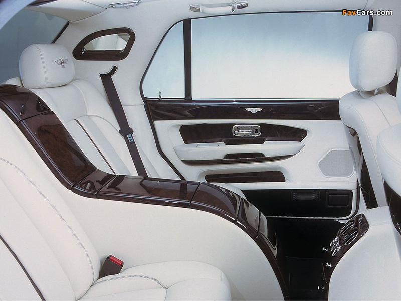 Photos of Bentley Arnage Red Label LWB Personal Commission 2001–02 (800 x 600)