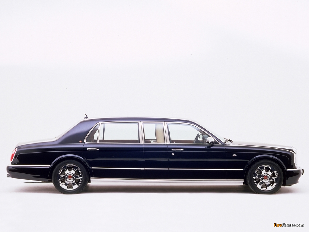 Photos of Bentley Arnage Limousine by Mulliner 2003 (1024 x 768)