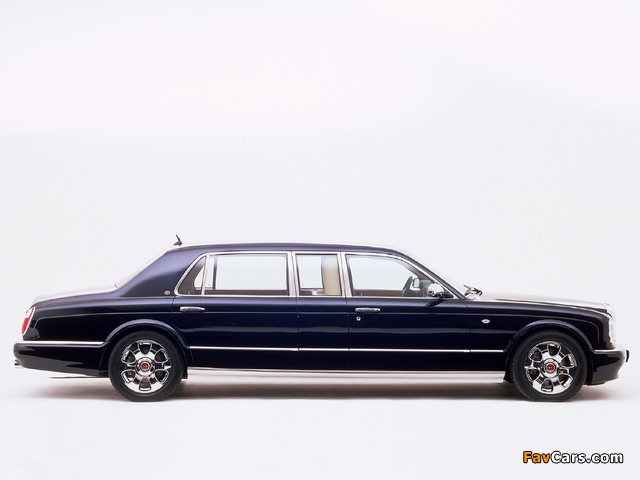 Photos of Bentley Arnage Limousine by Mulliner 2003 (640 x 480)