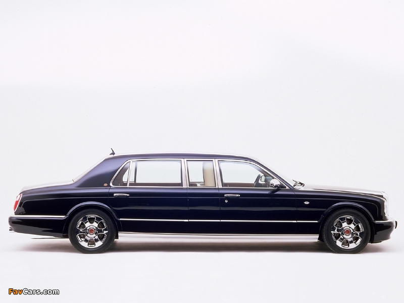 Photos of Bentley Arnage Limousine by Mulliner 2003 (800 x 600)