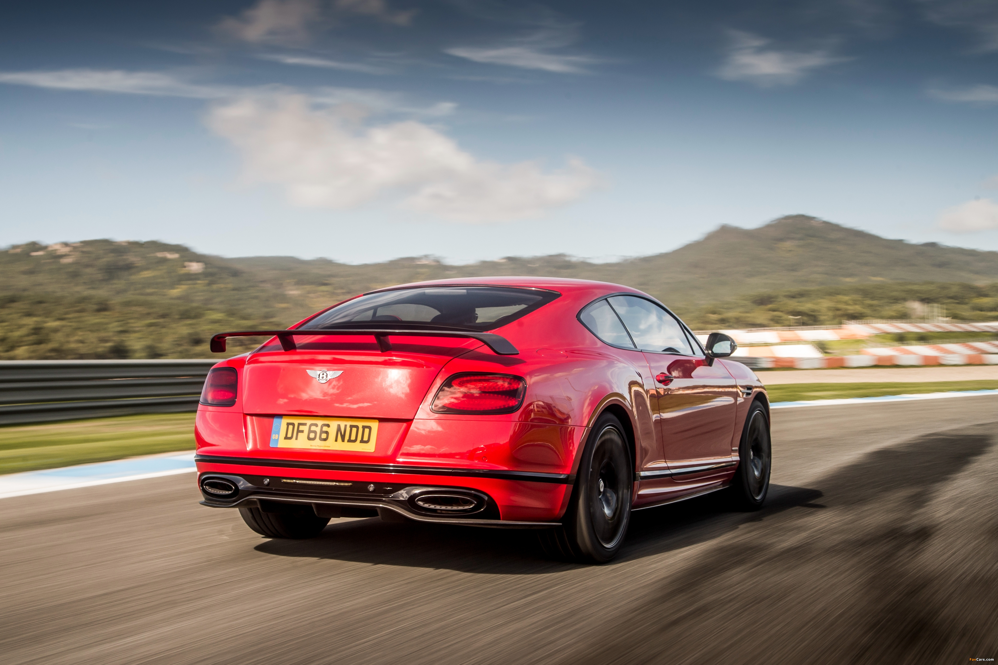 Bentley Continental Supersports 2017 images (4096 x 2730)