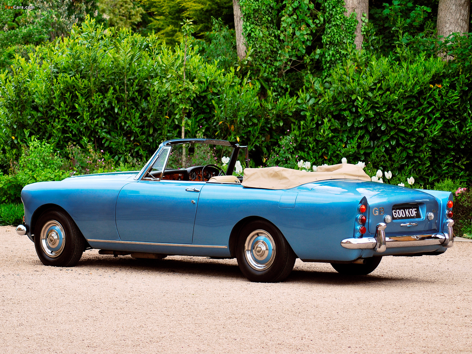 Bentley S3 Continental Convertible by Mulliner Park Ward 1962–66 photos (1600 x 1200)