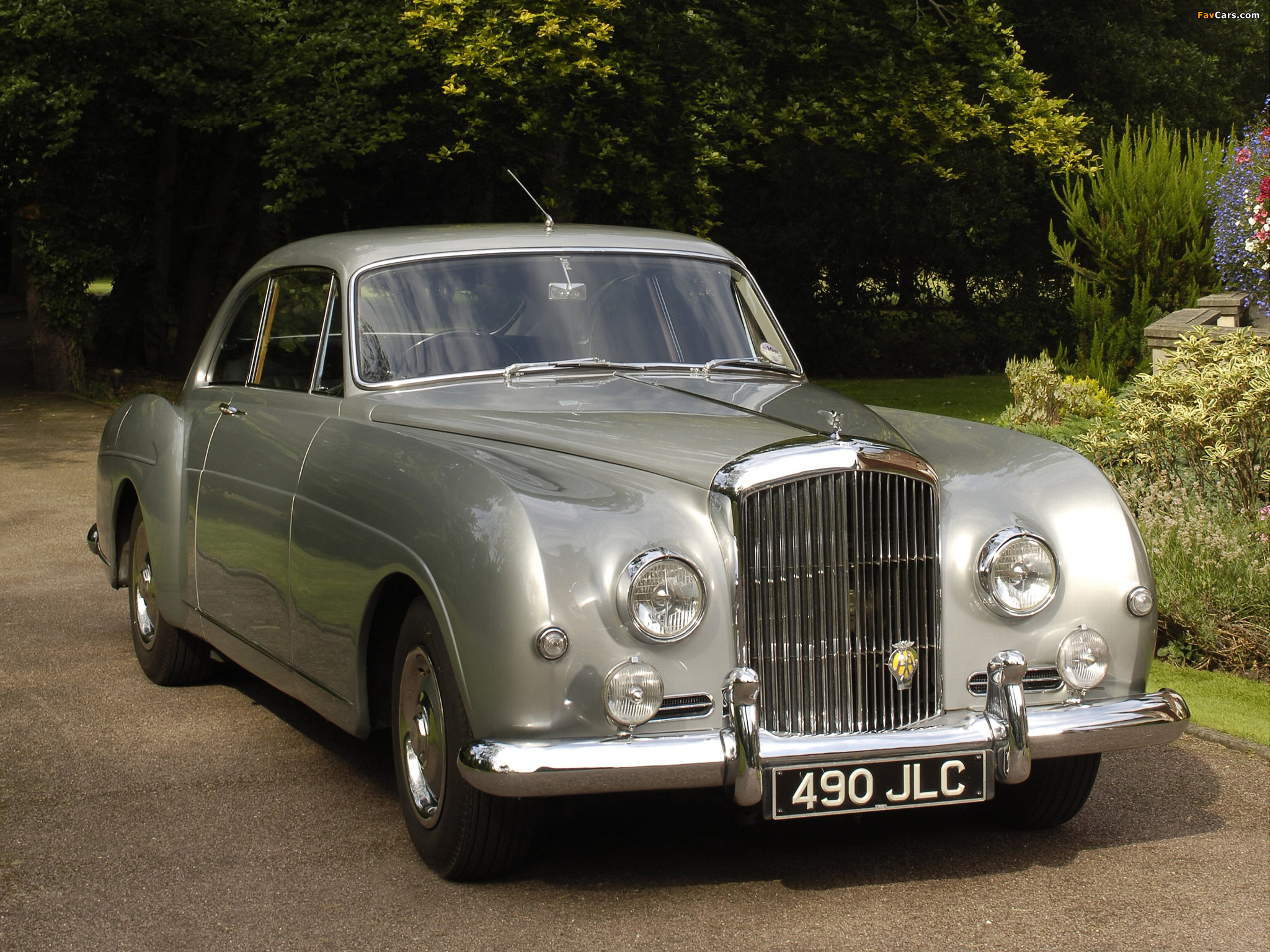Images of Bentley S1 Continental Sports Saloon by Mulliner 1955–59 (2048 x 1536)